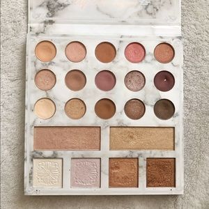Limited Edition Carli Bybel deluxe palette